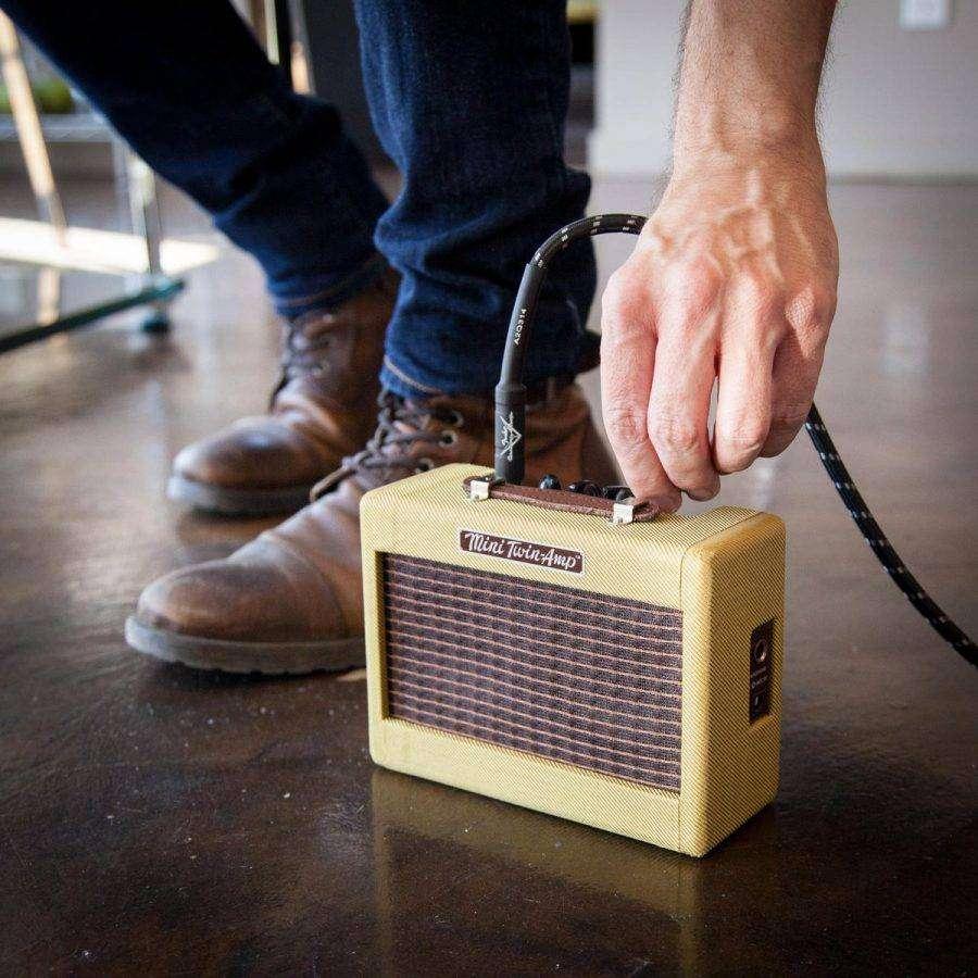 Fender-57-Mini